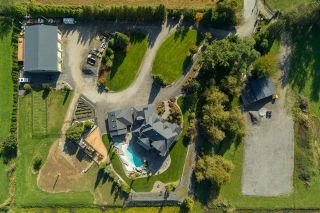 Photo 2: 15000 PATRICK Road in Pitt Meadows: North Meadows PI House for sale : MLS®# R2530121