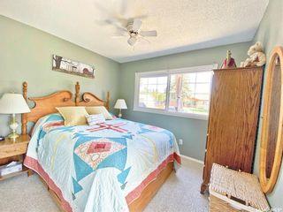 Photo 13: 330 McTavish Street in Outlook: Residential for sale : MLS®# SK870442