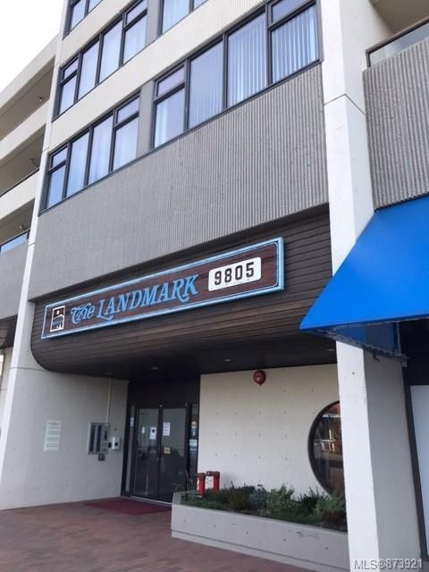 Main Photo: 203 9805 Second St in : Si Sidney North-East Condo for sale (Sidney)  : MLS®# 873921