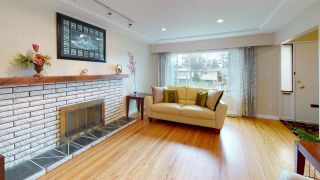 Photo 4: 7264 ELMHURST Drive in Vancouver: Fraserview VE House for sale (Vancouver East)  : MLS®# R2564193