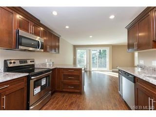 Photo 6: 106 990 Rattanwood Pl in VICTORIA: La Happy Valley Row/Townhouse for sale (Langford)  : MLS®# 711627