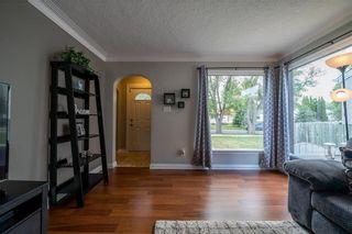 Photo 5: 54 FERNWOOD Avenue in Winnipeg: St Vital Residential for sale (2D)  : MLS®# 202115157