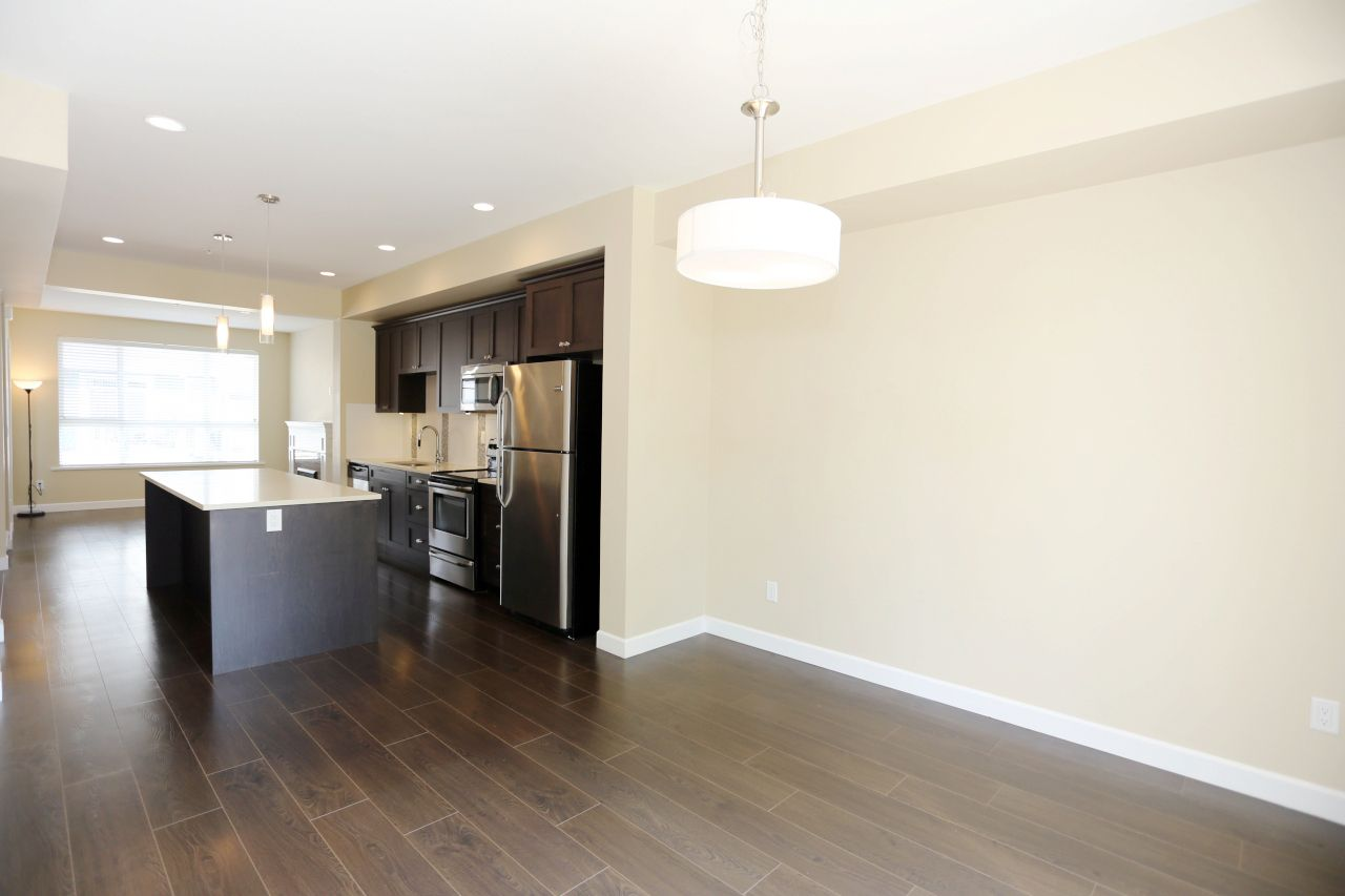 """Photo 14: Photos: 44 7059 210 Street in Langley: Willoughby Heights Townhouse for sale in """"Alder"""" : MLS®# R2263241"""
