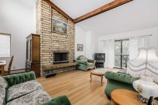 """Photo 2: 310 1515 E 5TH Avenue in Vancouver: Grandview VE Condo for sale in """"WOODLAND PLACE"""" (Vancouver East)  : MLS®# R2000836"""