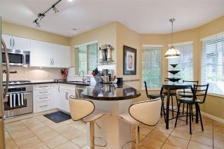 """Photo 8: 63 1550 LARKHALL Crescent in North Vancouver: Northlands Townhouse for sale in """"NAHNEE WOODS"""" : MLS®# R2025165"""