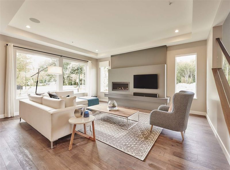 FEATURED LISTING: 1712 SPARROW Way Squamish