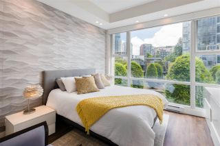 """Photo 13: 168 BOATHOUSE Mews in Vancouver: Yaletown Townhouse for sale in """"Marinaside Resort"""" (Vancouver West)  : MLS®# R2587224"""