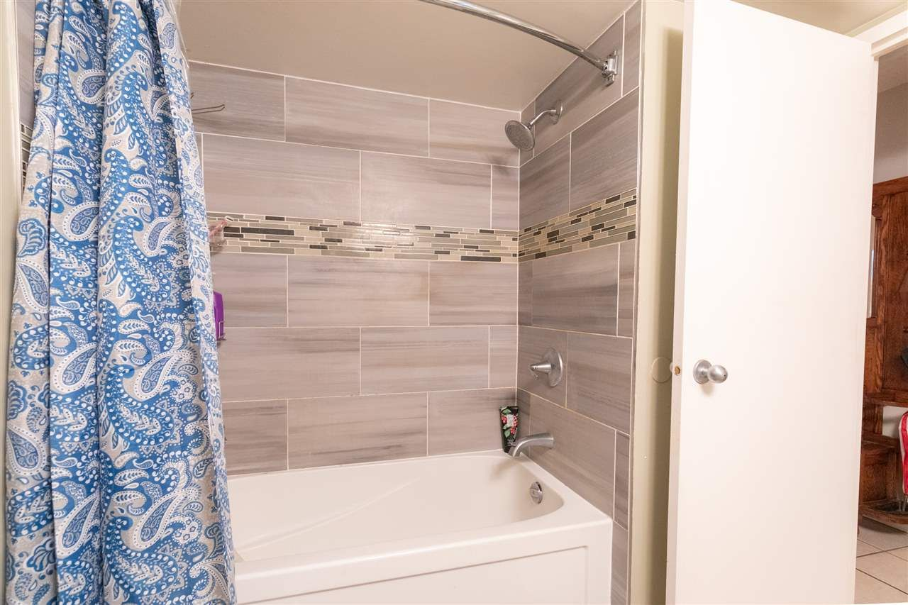 """Photo 11: Photos: 505 3970 CARRIGAN Court in Burnaby: Government Road Condo for sale in """"THE HARRINGTON"""" (Burnaby North)  : MLS®# R2499322"""