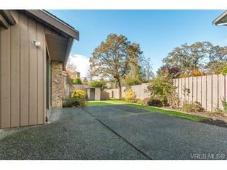 Photo 14: 10 4056 N Livingstone Ave in VICTORIA: SE Mt Doug Row/Townhouse for sale (Saanich East)  : MLS®# 685818