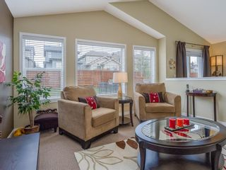 Photo 2: 66 Sage Valley Close NW in Calgary: Sage Hill Detached for sale : MLS®# A1104570