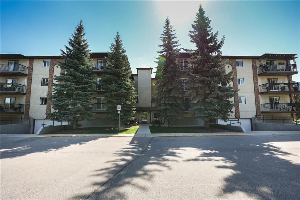Main Photo: 302 795 St Anne's Road in Winnipeg: River Park South Condominium for sale (2F)  : MLS®# 202122816