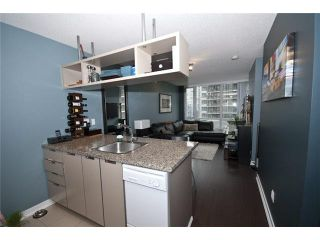 "Photo 6: 905 1082 SEYMOUR Street in Vancouver: Downtown VW Condo for sale in ""FREESIA"" (Vancouver West)  : MLS®# V1129225"