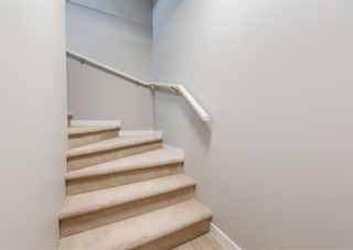 Photo 3: 604 428 NOLAN HILL Drive NW in Calgary: Nolan Hill Row/Townhouse for sale : MLS®# A1150776