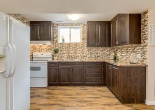 Photo 5: 3411 Doverthorn Road SE in Calgary: Dover Semi Detached for sale : MLS®# A1126939