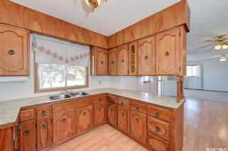 Photo 5: 245 5th Avenue North in Martensville: Residential for sale : MLS®# SK850828