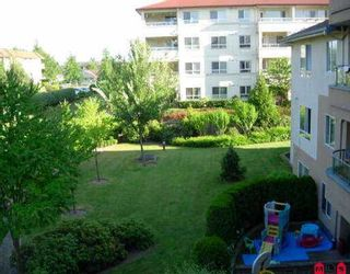 """Photo 5: 306 7475 138TH ST in Surrey: East Newton Condo for sale in """"CARDINAL COURT"""" : MLS®# F2614560"""