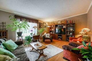 Photo 6: 41521 HENDERSON Road: Columbia Valley House for sale (Cultus Lake)  : MLS®# R2383034