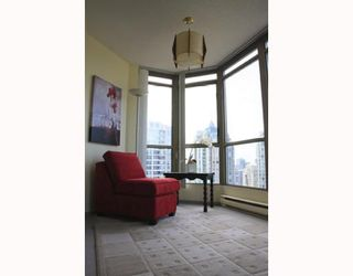 """Photo 9: 2803 867 HAMILTON Street in Vancouver: Downtown VW Condo for sale in """"JARDINE'S LOOKOUT"""" (Vancouver West)  : MLS®# V782664"""