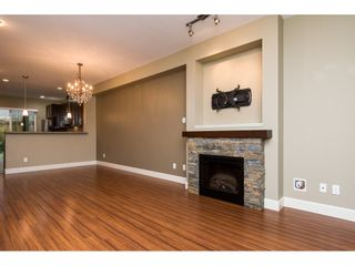 """Photo 11: 33 2979 156TH Street in Surrey: Grandview Surrey Townhouse for sale in """"Enclave"""" (South Surrey White Rock)  : MLS®# R2141367"""