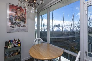 """Photo 7: 1805 161 W GEORGIA Street in Vancouver: Downtown VW Condo for sale in """"COSMO"""" (Vancouver West)  : MLS®# R2620825"""