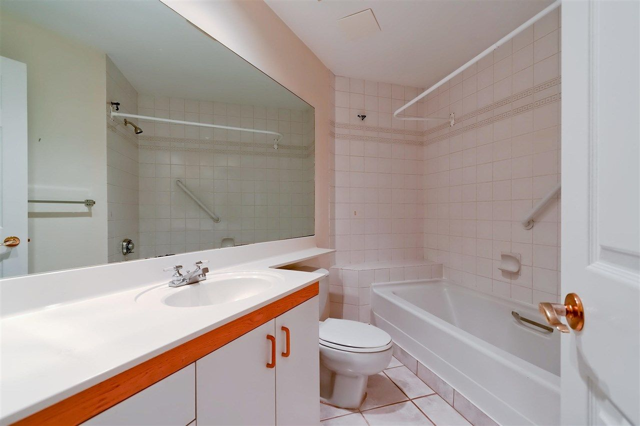 Photo 12: Photos: 316 1150 QUAYSIDE Drive in New Westminster: Quay Condo for sale : MLS®# R2329449