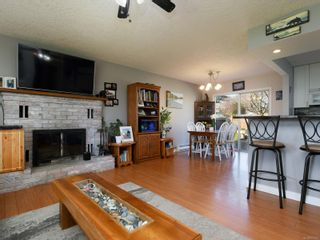 Photo 3: 374 Cotlow Rd in : Co Wishart South House for sale (Colwood)  : MLS®# 871071