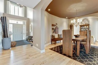 Photo 3: 7 Discovery Ridge Point SW in Calgary: Discovery Ridge Detached for sale : MLS®# A1093563