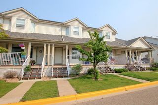 Main Photo: 69 33 Donlevy Avenue: Red Deer Row/Townhouse for sale : MLS®# A1134369