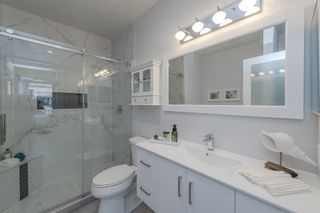 """Photo 16: 411 2 RENAISSANCE Square in New Westminster: Quay Condo for sale in """"The Lido"""" : MLS®# R2620634"""