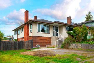 Photo 2: 7815 DOW Avenue in Burnaby: South Slope House for sale (Burnaby South)  : MLS®# R2573483