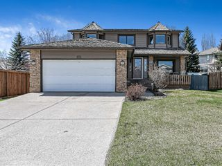 Main Photo: 134 Wood Valley Drive SW in Calgary: Woodbine Detached for sale : MLS®# A1106128