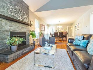 Photo 1: 3223 NORWOOD AVENUE in North Vancouver: Upper Lonsdale House for sale : MLS®# R2207603