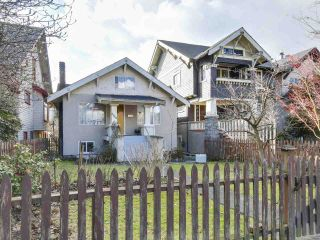 "Photo 1: 3640 W 2ND Avenue in Vancouver: Kitsilano House for sale in ""KITS"" (Vancouver West)  : MLS®# R2141257"