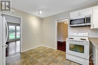 Photo 11: 24 CHARING ROAD in Ottawa: House for sale : MLS®# 1257303