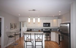 Photo 6: 410 Walter Ave in Victoria: Residential for sale : MLS®# 283473