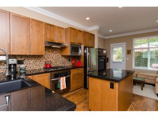 Photo 7: 20 3009 156 STREET in Surrey: Grandview Surrey Townhouse for sale (South Surrey White Rock)  : MLS®# R2000875
