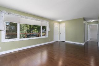 Photo 5: 43 BELMONT Drive: St. Albert House for sale : MLS®# E4261966