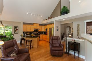 """Photo 19: 1 15450 ROSEMARY HEIGHTS Crescent in Surrey: Morgan Creek Townhouse for sale in """"CARRINGTON"""" (South Surrey White Rock)  : MLS®# R2201327"""