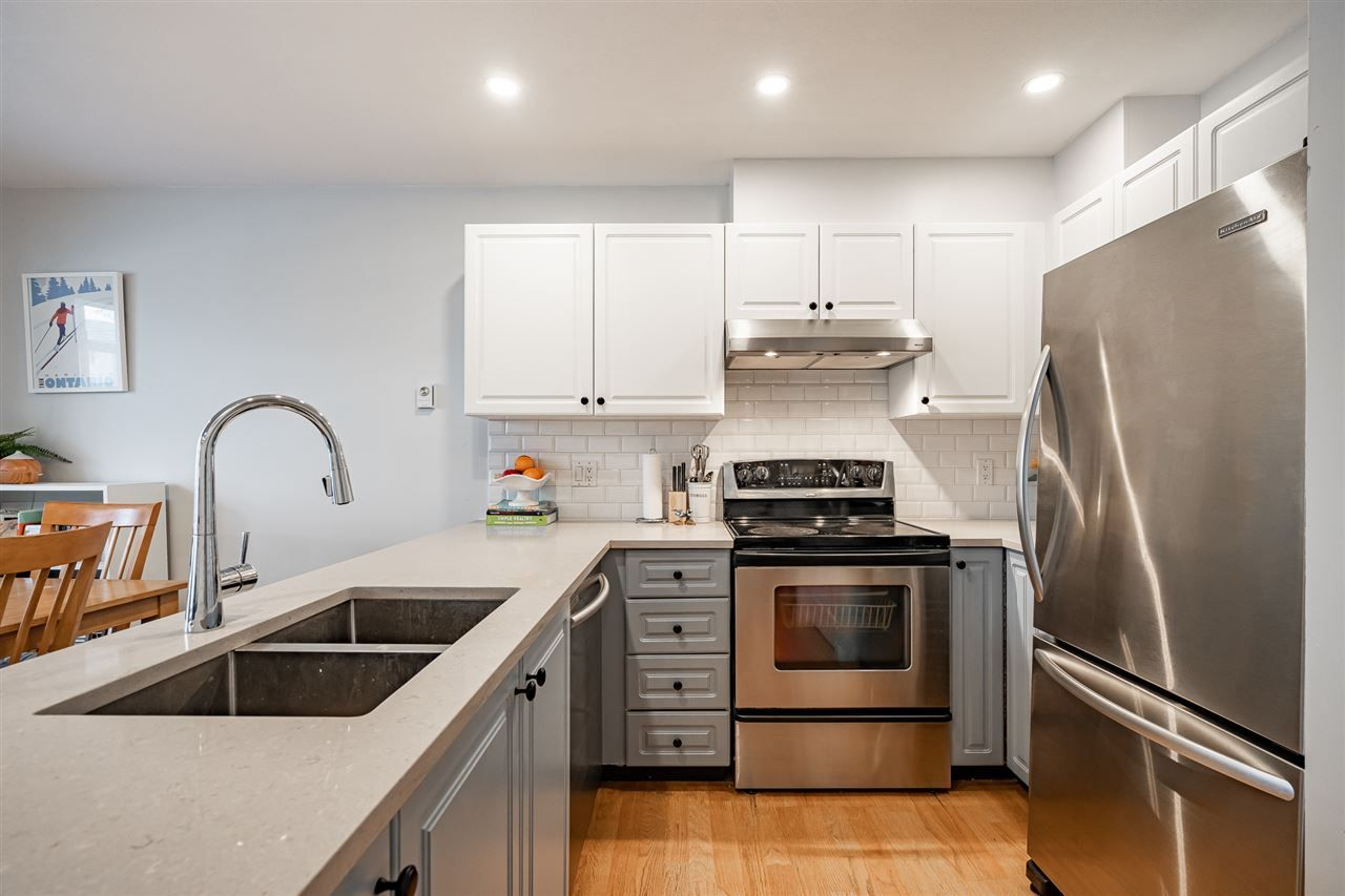 """Photo 2: Photos: 108 2677 E BROADWAY in Vancouver: Renfrew VE Condo for sale in """"BROADWAY GARDENS"""" (Vancouver East)  : MLS®# R2434845"""