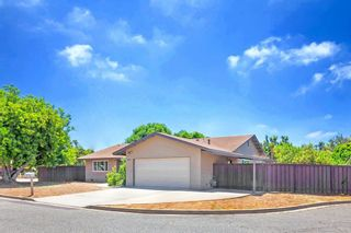 Photo 20: OCEANSIDE House for sale : 3 bedrooms : 1675 Avocado