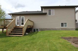 Photo 3: 779 STONEHAVEN Drive: Carstairs Residential Detached Single Family for sale : MLS®# C3617481
