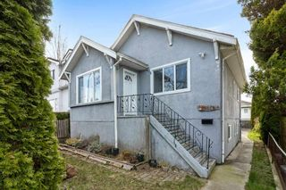 Photo 1: 4339 RUPERT Street in Vancouver: Renfrew Heights House for sale (Vancouver East)  : MLS®# R2557479