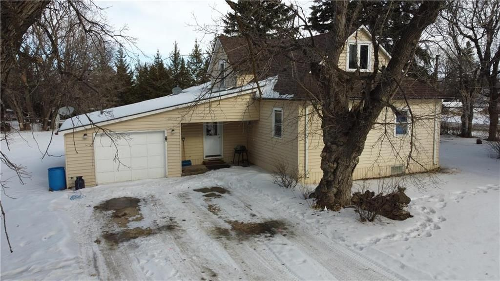 Main Photo: 52 Winnipeg Street South in Emerson: R17 Residential for sale : MLS®# 202103677