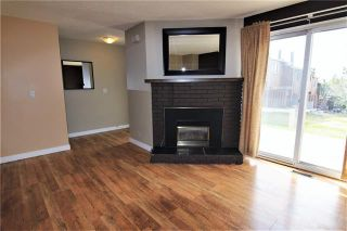 Photo 4: 26 4940 39 Avenue SW in Calgary: Glenbrook Row/Townhouse for sale : MLS®# C4302811