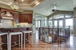 Photo 10: 251 Slopeview Drive SW in Calgary: Springbank Hill Detached for sale : MLS®# A1132385