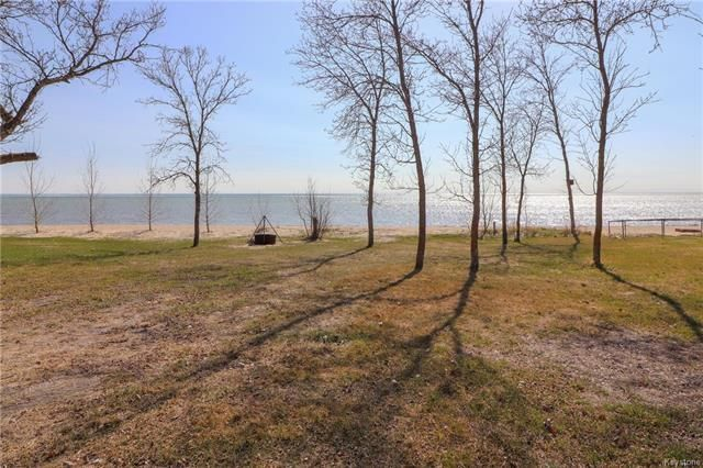 Main Photo: 56 South Shore Drive in St Laurent: RM of St Laurent Residential for sale (R19)  : MLS®# 1812846