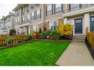 Photo 1: 21146 80A AVENUE in Langley: Willoughby Heights Condo for sale : MLS®# R2117701