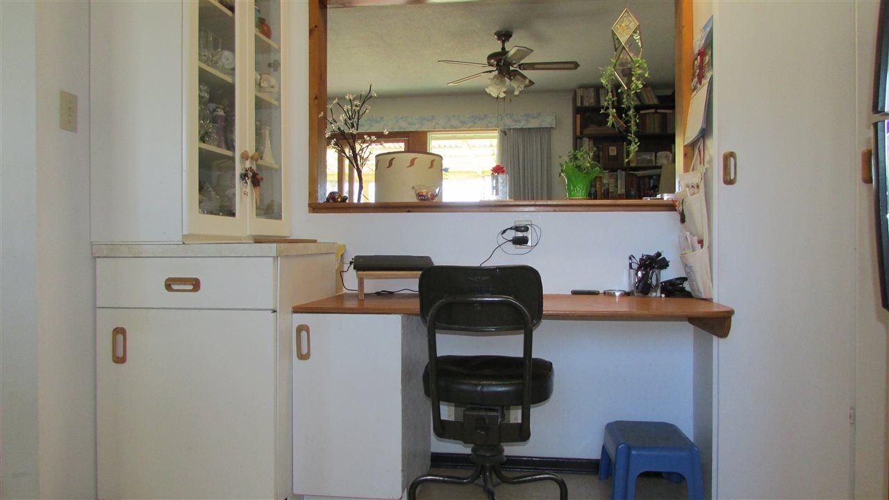 """Photo 9: Photos: 10203 GARBITT Crescent: Hudsons Hope House for sale in """"HUDSON'S HOPE"""" (Fort St. John (Zone 60))  : MLS®# R2568118"""
