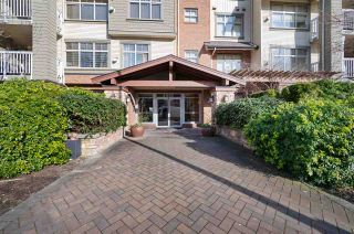 """Photo 2: 212 6500 194 Street in Surrey: Clayton Condo for sale in """"Sunset Grove"""" (Cloverdale)  : MLS®# R2552683"""