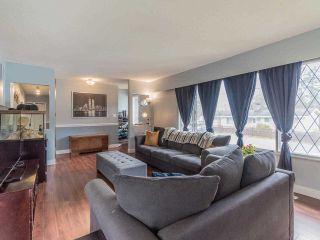 Photo 4: 11936 HAWTHORNE Street in Maple Ridge: Cottonwood MR House for sale : MLS®# R2572645